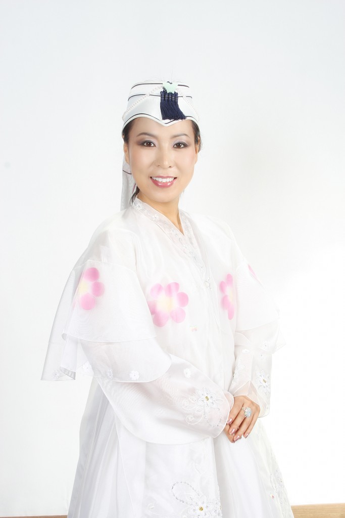 Kyoung Cho(2)