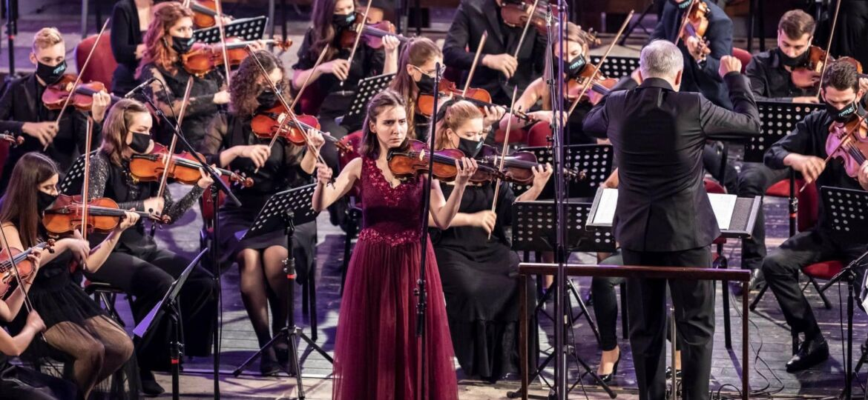 Simfonijski orkestar slika Andrej i Ivana